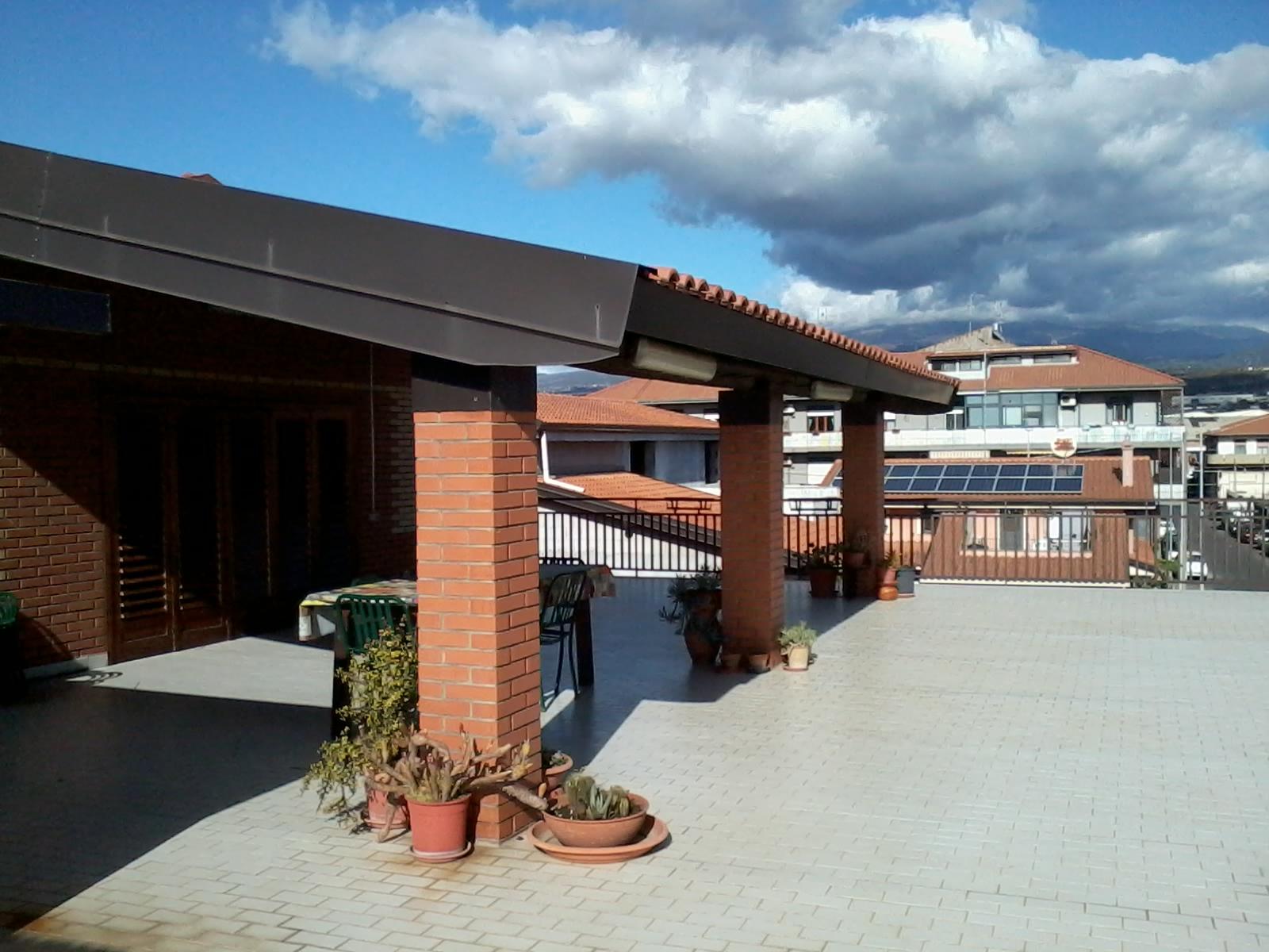 Maestoso appartamento con terrazza a livello | Megara Immobiliare