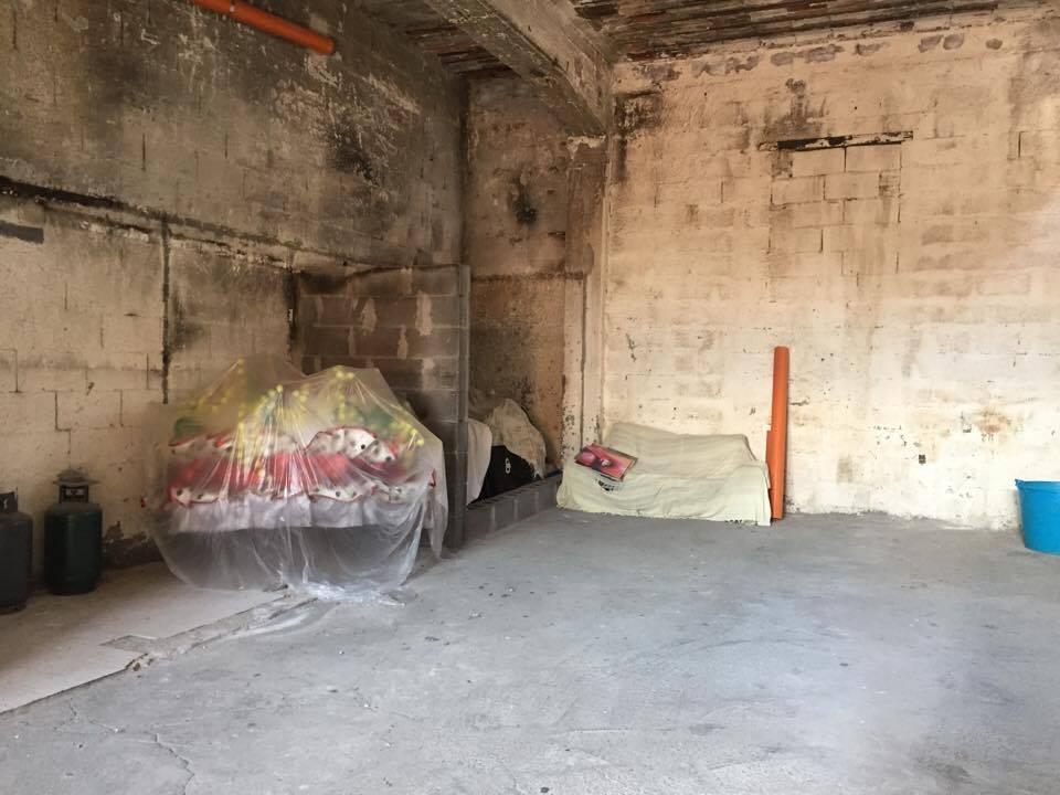 Ampio deposito/garage III Retta Levante