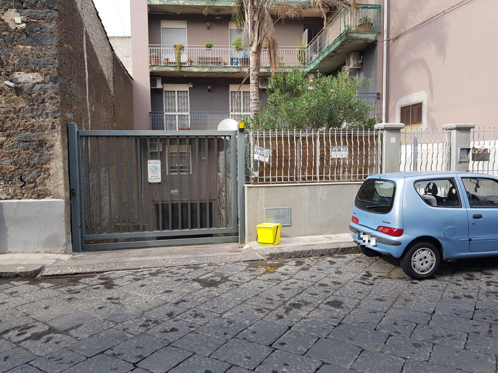 Garage via Vittorio Veneto