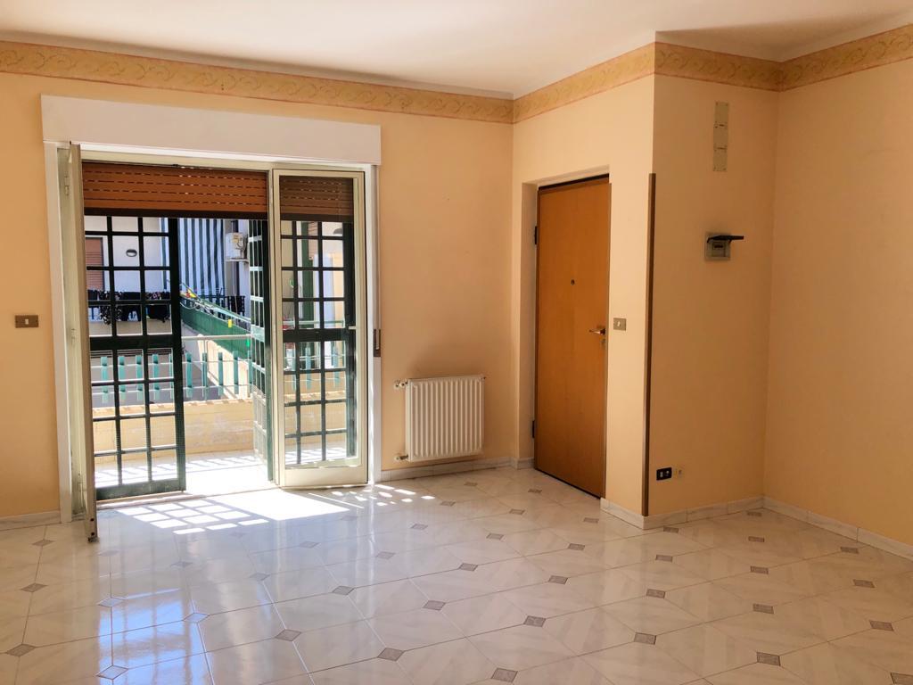 Comodo appartamento con garage via San Gaetano