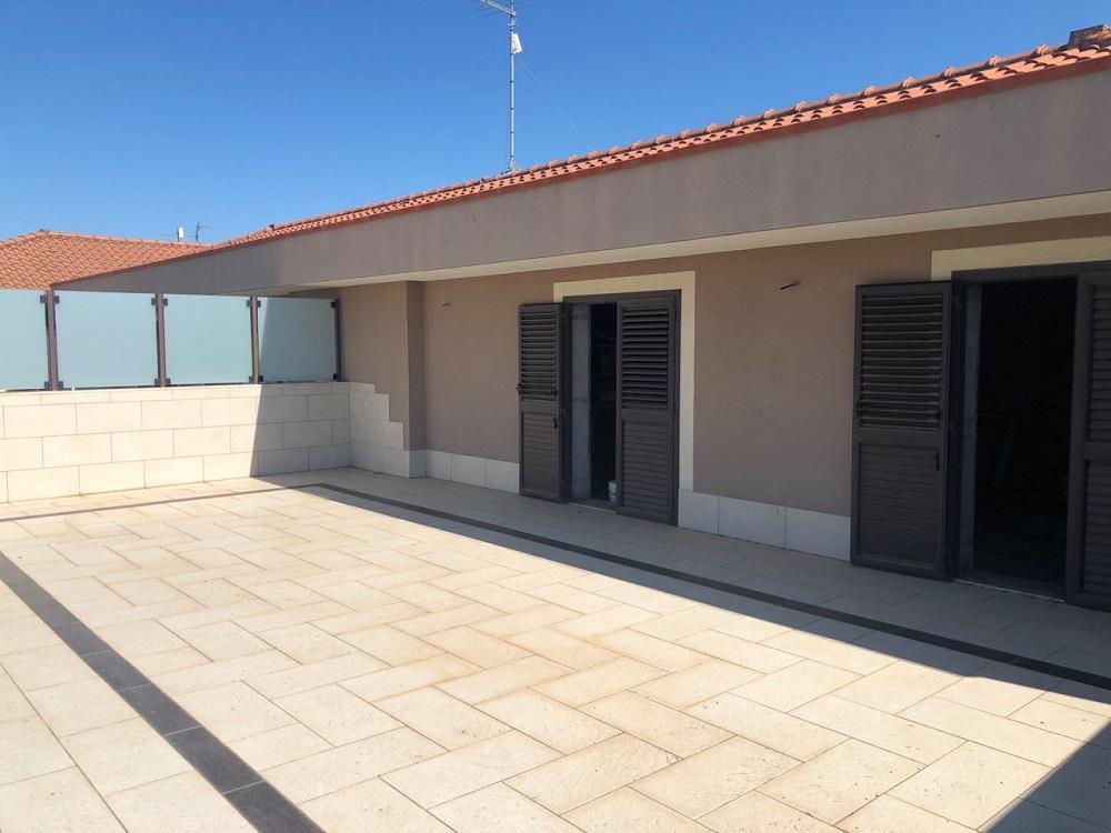 Appartamento recente costruzione con garage e terrazze