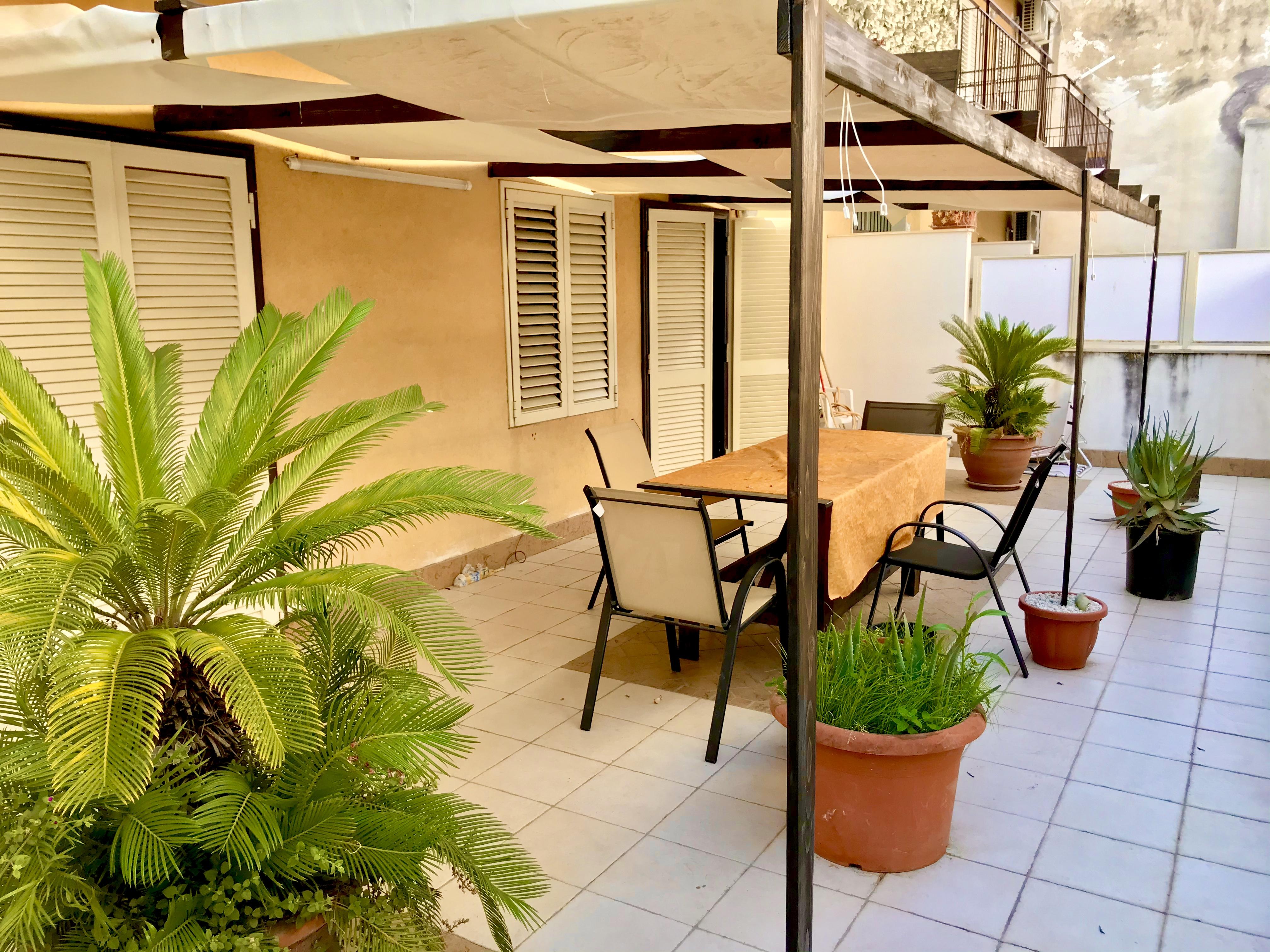 Appartamento con garage e terrazza a livello
