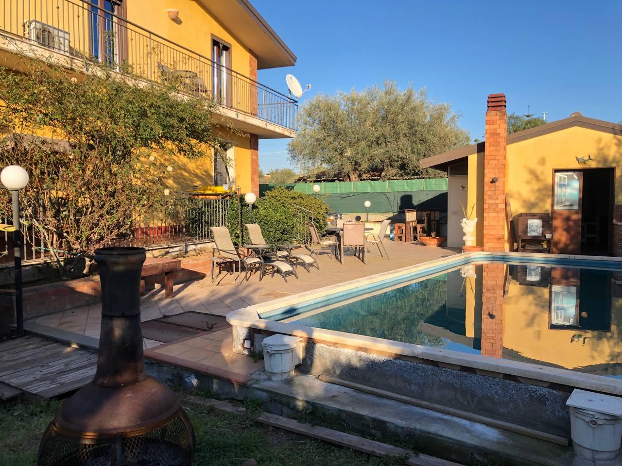 Grande villa con piscina pressi Etnapolis