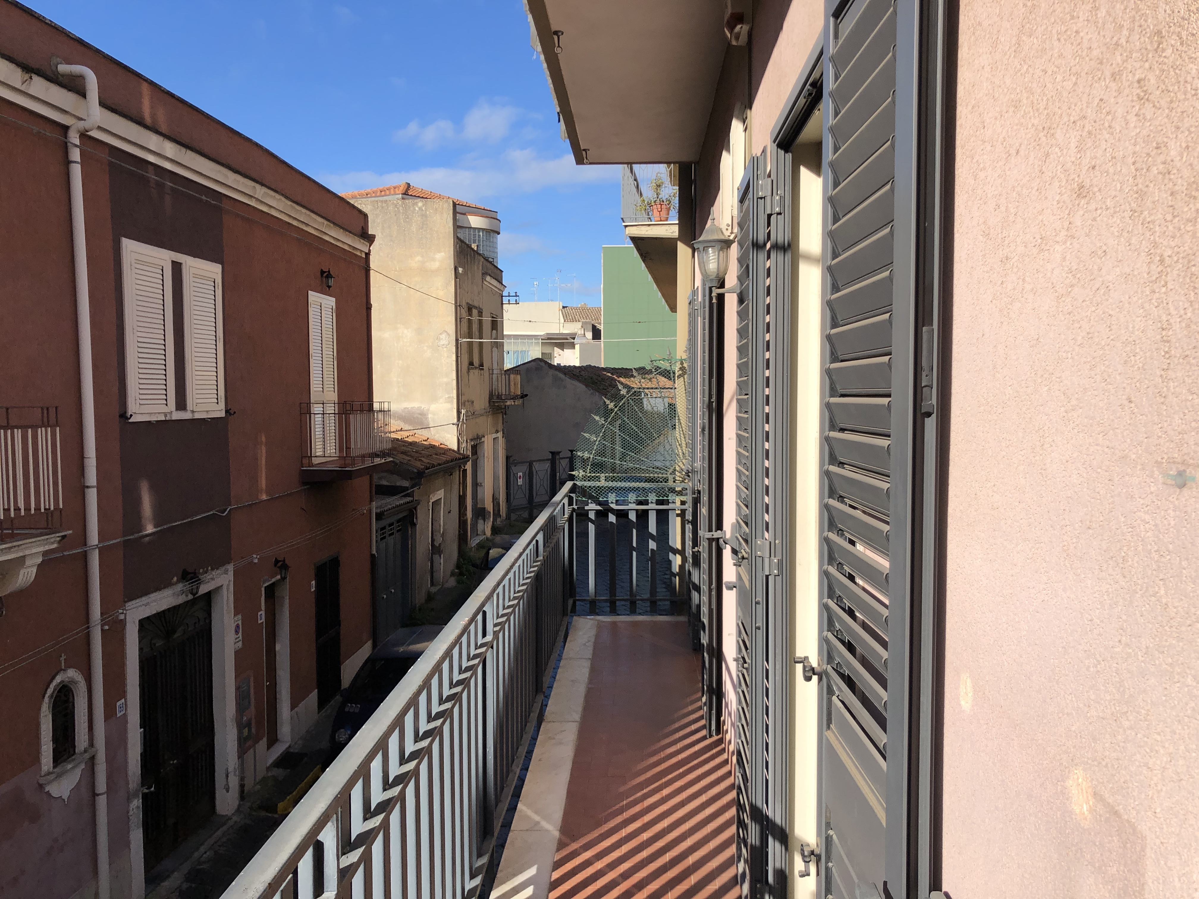 Appartamento con garage e terrazza via Vittorio Veneto